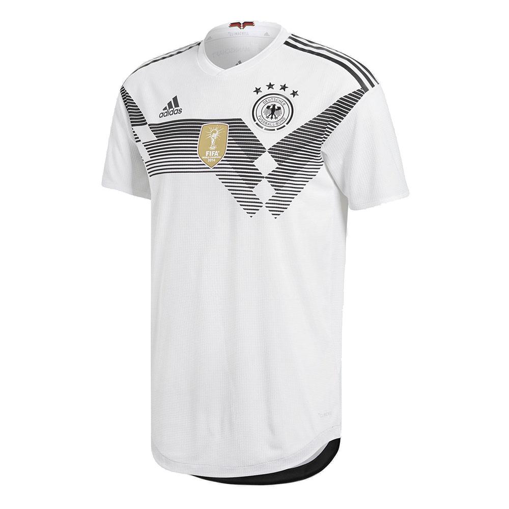 Домашняя форма сборной Германии 2018